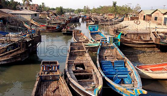 boat-jetty--teknaf